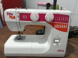 Máquina de costura semi profissional