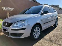 Polo Hatch 1.6 - Completo - 2007