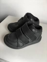 2 sapatos infantis por 40,00