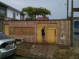 Casa com Terreno Inteiro e com Escritura Definitiva em Mongaguá Alexandre