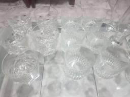 Taças/copos diversos E whisky importado