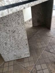Mesa de pedra granito