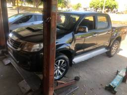 Vendo Hilux diesel