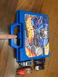 Caixa de carrinhos hot wheels