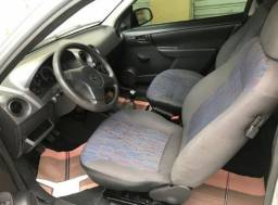 Vendo Chevrolet celta prata 2010.