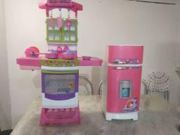 Lindo kit de brinquedo geladeira e fogão do grande de brinquedo