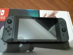 Nintendo Switch Cinza Original + 2 jogos Orig.+ Cartão Expansão 64 GB