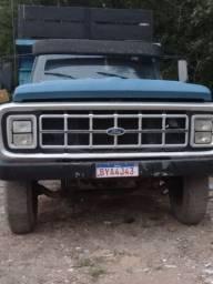 Caminhão Ford F/600