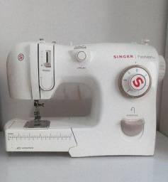 Máquina de Costura SINGER FASHION 4205 - usada