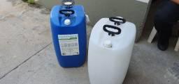 Tanque de plástico 50 litros 30,00 / un
