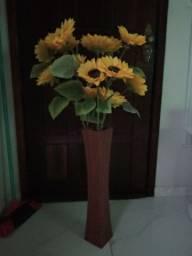 Vaso com flores girasol artificial