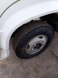 Peneu e roda com Câmara para caminhão