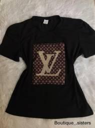 T-shirt com pedraria NOVO