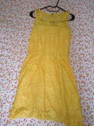 Vestido de renda Amarelo