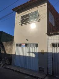 Alugo casa duplex na Parangaba