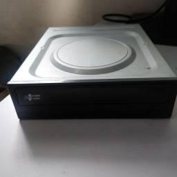Gravador e leitor de CD/DVD LG SATA
