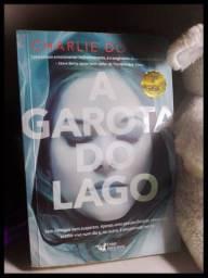 Vendo ou troco livro A Garota do Lago **Novo**