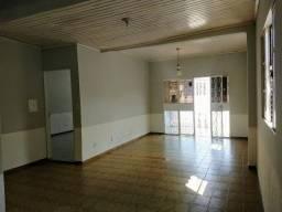 Casa Hiléia I, 03 quartos, sendo 01 suíte, sala ampla, ótima localização Utilise seu FGTS