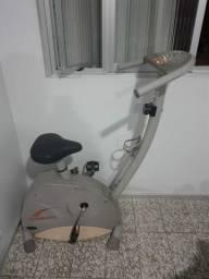 Vendo bicicleta ergometrica caloi r$:450,00