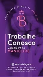 Manicure Profissional especializada em alongamento de unhas