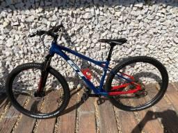 Bicicleta GT Avalanche Comp Deore M