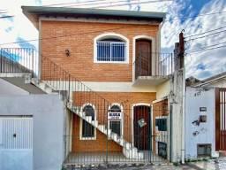 Aluga - Casa na Vila Santana - Residencial e Comercial