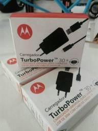 Carregador motorola turbo power type C ou USB v8
