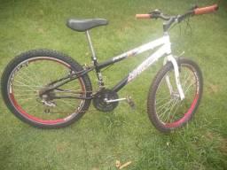 Bicicleta Aro 24 Semi-Nova