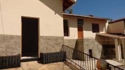 Barracão na barroca 2 quartos,salinha, cozinha,banheiro areá de serviço