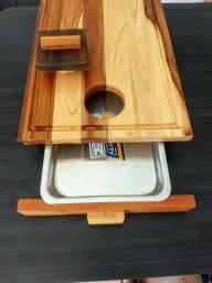 Tábua inteligente com gaveta para churrasco