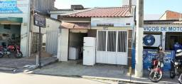 Casa com Ponto Comercial na Av. Nestor Sampaio, Bairro Luzia, 225 m² - Oportunidade