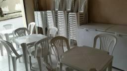 Alugamos mesas e freezer