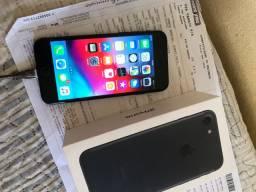 IPhone 7 black com nota fiscal e caixa