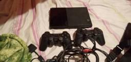 Playstation 2 com 2 controles... 130 pra levar logo.