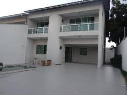 Excelente Casa Duplex no José de Alencar com 05 Suítes e 04 vagas de garagem