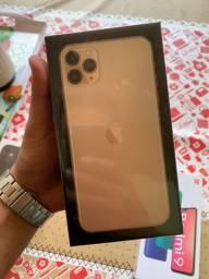 IPhone 11 pro max 64gb gold, lacrado