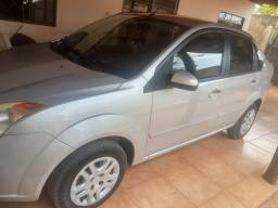 Ford Fiesta Sedan 1.0