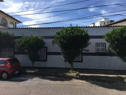 Aluga-se Casa no Bairro Caiçara, Belo Horizonte - MG