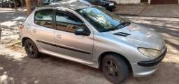 Peugeot 2005 prata