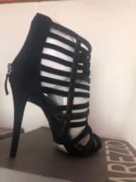 Sapatos e sandália Arezzo