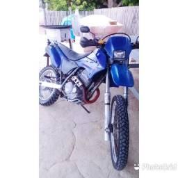 Vende se uma motos top