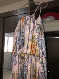 2 vestidos por 80$
