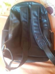 Mochila de couro sintético grande ou troco Por bolsa