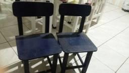 2 cadeira 15  cada