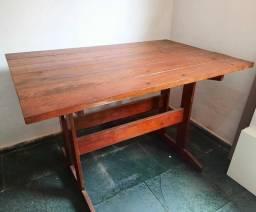 Vende-se Mesa de madeira!