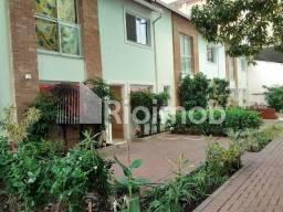 Título do anúncio: Casa para alugar com 2 dormitórios em Catete, Rio de janeiro cod:4642