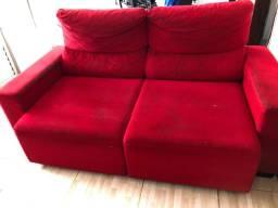 Sofá retrátil a reclinável