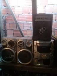 aparelho de som com caixa amplificada