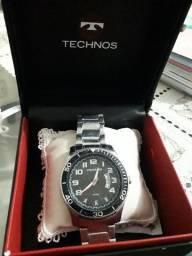 Vendo Relógio Technos com Nota Fiscal