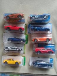 Carrinhos Hot Wheels